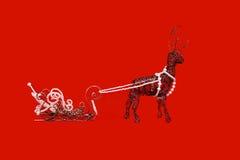 Cerfs communs et traîneau de Noël faits de câblage cuivre Photos stock