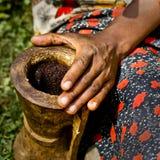 Cerimónia do café em África Fotografia de Stock