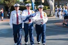 Cerimônia da retirada da bandeira de Disneylândia Imagem de Stock