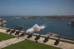 Cerimônia diária do fogo de canhão em Malta Foto de Stock Royalty Free