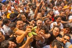 Cerimônia no monastério de Wat Bang Phra, aproximadamente 50 quilômetros do dia do mestre de Wai Kroo dos participantes (Luang Po Fotografia de Stock Royalty Free