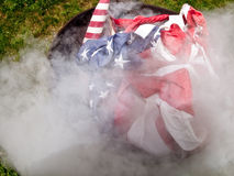 Cerimonia bruciante della bandiera Fotografia Stock Libera da Diritti
