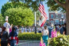 Cerimonia della ritirata della bandiera di Disneyland Immagini Stock