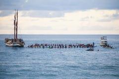 Cerimonia di apertura hawaiana tradizionale di Eddie Aikau Immagine Stock