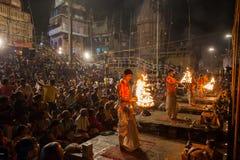 Cerimonia di Gange Aarti, Varanasi Immagini Stock Libere da Diritti