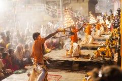 Cerimonia di Gange Aarti, Varanasi Immagine Stock
