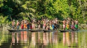 Cerimonia di guerra della canoa della gente di Asmat Immagini Stock Libere da Diritti