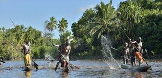 Cerimonia di guerra della canoa di Asmat Immagine Stock