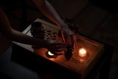 Cerimonia di tè con le candele Immagine Stock