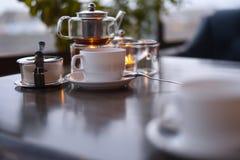 Cerimonia di tè nel caffè Immagini Stock