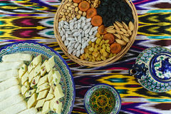 Cerimonia di tè tradizionale a Samarcanda, l'Uzbekistan, vista superiore Fotografia Stock Libera da Diritti