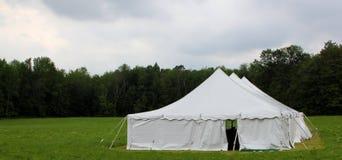 Cerimonia nuziale del paese o tenda di eventi Fotografia Stock