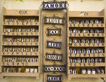 Cerâmica com o amor das palavras Fotografia de Stock