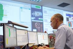 CERN-ATLAS Steuerraum lizenzfreie stockfotos