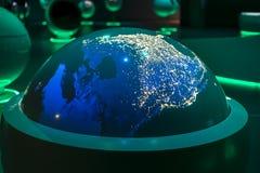 CERN, un bâtiment d'exposition à l'intérieur. Images libres de droits