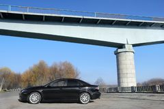 Cernihiv, Ucraina - 10 novembre 2018: Mazda nero 6 agains dei MP fotografia stock
