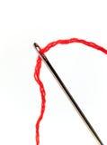 cerowanie igły czerwonym nić Fotografia Royalty Free