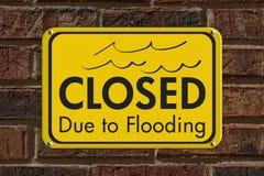 Cerrado debido a inundar la muestra imagen de archivo