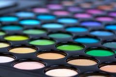 Cerrado encima de sombras profesionales del maquillaje Imágenes de archivo libres de regalías