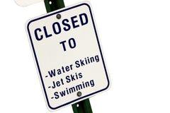 Cerrado a los deportes de agua la muestra Foto de archivo