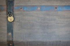 Cerradura de cojín y seguridad de la correa del metal Imágenes de archivo libres de regalías