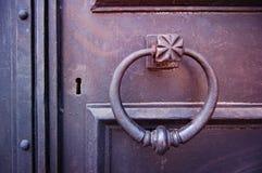Cerradura de puerta del hierro Imágenes de archivo libres de regalías