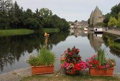 Cerradura del canal en la Nantes al canal de Brest Foto de archivo libre de regalías
