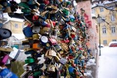 Cerraduras del amor en Praga Imagenes de archivo