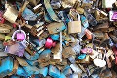Cerraduras del amor - París Imagen de archivo