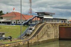 Cerraduras en el Canal de Panamá Foto de archivo libre de regalías