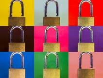 Cerraduras en fondo coloreado Fotos de archivo libres de regalías
