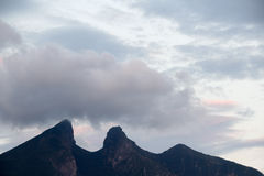 Cerro de βουνό Λα Silla στην πόλη του Μοντερρέυ Στοκ Εικόνες