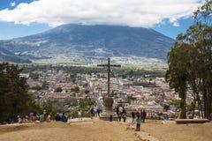 Cerro de la Cruz, Antigua, Guatemala Fotografering för Bildbyråer