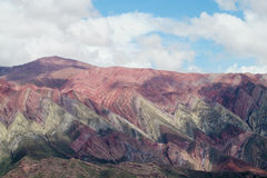 Cerro de siete colores, berg för röd färg Arkivfoto