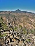 Cerro Pedernal berg nära Abiquiu som är ny - Mexiko Arkivfoton