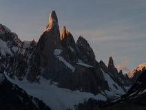 Cerro Torre dans l'humeur de soirée de coucher du soleil Photo libre de droits