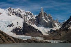 Cerro Torre przy perfect pogodą Zdjęcie Stock