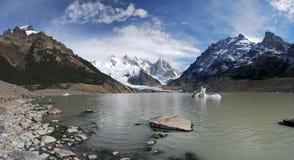 Cerro y lago Torre en Patagonia Fotos de archivo