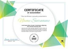 Certificado branco oficial com elementos verdes do projeto do triângulo Projeto moderno limpo do negócio ilustração royalty free