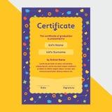 Certificado del diploma de los niños en diseño lindo de la disposición de la plantilla del fondo del estilo del cosmos stock de ilustración