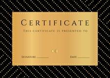 Certificado, diploma de la realización con el fondo negro, elemets de oro modelo, frontera, marco del oro Fotos de archivo