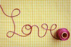 Certificado do amor no fio do Crochet Foto de Stock Royalty Free