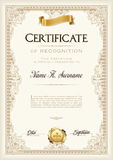 Certificado do quadro do vintage da realização com fita do ouro Retrato Foto de Stock