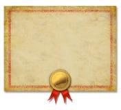 Certificado en blanco con la cinta de la cresta del oro Foto de archivo