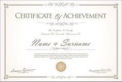 Certificado o diseño retro del vintage del diploma fotografía de archivo
