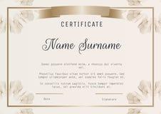 Certificate o vetor do molde do diploma com guilloches nos cantos Imagens de Stock Royalty Free