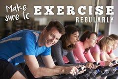 Certifique-se exercitar cada classe de giro do dia em um gym imagens de stock royalty free