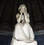 Certosa monumental kyrkogård Gregorini Bigramkapell, enslighet för `-Desolazione ` av Vincenzo Vela 1875 arkivfoton