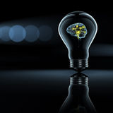Cerveau actif dans une ampoule Images stock