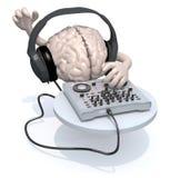 Cerveau avec le casque du DJ devant le consolle Images libres de droits